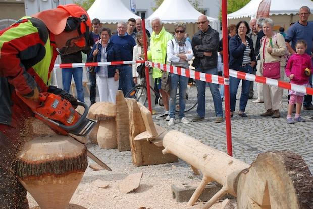 Photo of Holzmarkt 2014 nutzt freies WLAN für Twitter