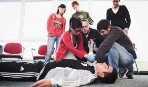 Johanniter bieten Fortbildung für Betriebshelfer
