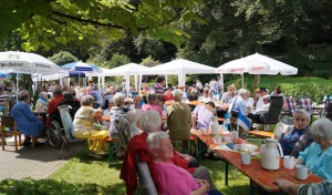 "Sommerfest im ""Haus am Bomberg"""