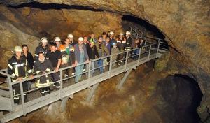 Veledahöhle: Dorfgemeinschaft aktiv für lebendige Geschichte
