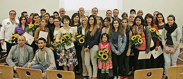 Photo of Einbürgerungsfeier: Landrat begrüßt 40 neue Märker