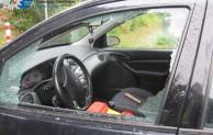 Möhnesee-Delecke: Tasche aus Auto entwendet