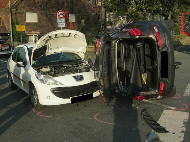 Photo of Bad Sassendorf-Lohne: Schwerer Verkehrsunfall mit drei Verletzten