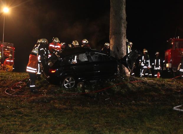 Photo of Olsberg: Verkehrsunfall mit tödlichen Verletzungen