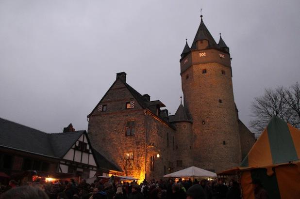 Winterspektakulum auf der Burg Altena (Foto: Märkischer Kreis).