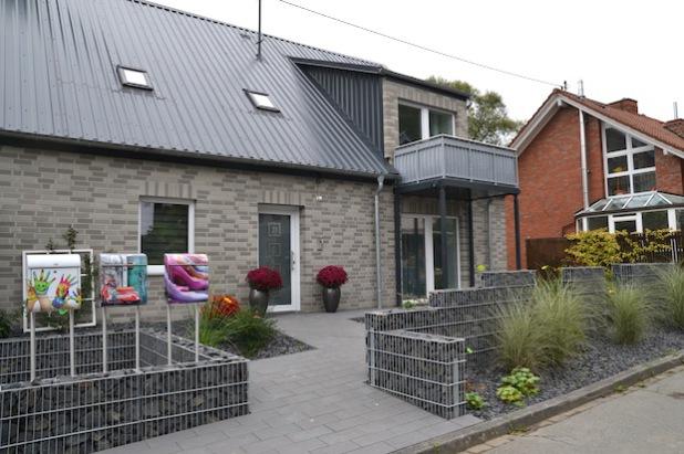 Von außen sieht man es dem Haus nicht an, doch es verbirgt sich jede Menge Technik hinter den Fassaden (Foto: Stadt Hilchenbach).
