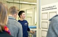 """Busch-Jaeger informiert Eltern und Jugendliche beim """"ElternDay"""""""