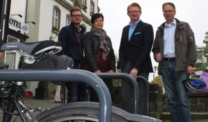 Neue Fahrradständer für die Briloner Innenstadt