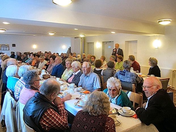 Photo of Seniorentreff – Spielezeit mit Gesellschaftsspielen im Café – 14.08.2019