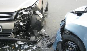 Soest: Fahrzeug beim Abbiegen übersehen