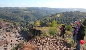 Steinbruch Ambrock: Ausblick in und über das Sauerland