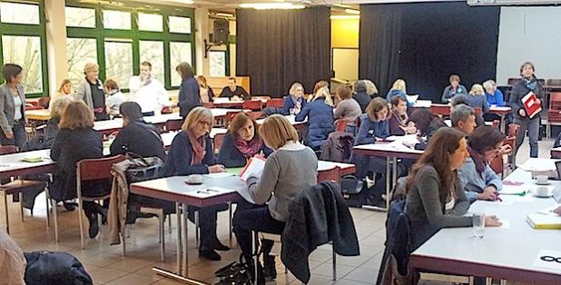 60 Pädagogen aus Grund- und weiterführenden Schulen trafen sich zum Lehrersprechtag (Foto: Michael Czech/Märkischer Kreis).