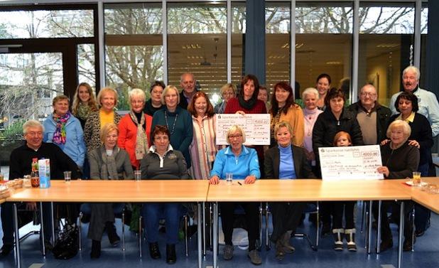 Die Spendenübergabe - Foto: Stadt Iserlohn
