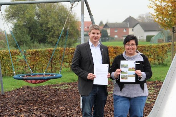 Bürgermeister Dr. Remco van der Velden und Familienmanagerin Rita Lemke (Foto: Stadt Geseke).
