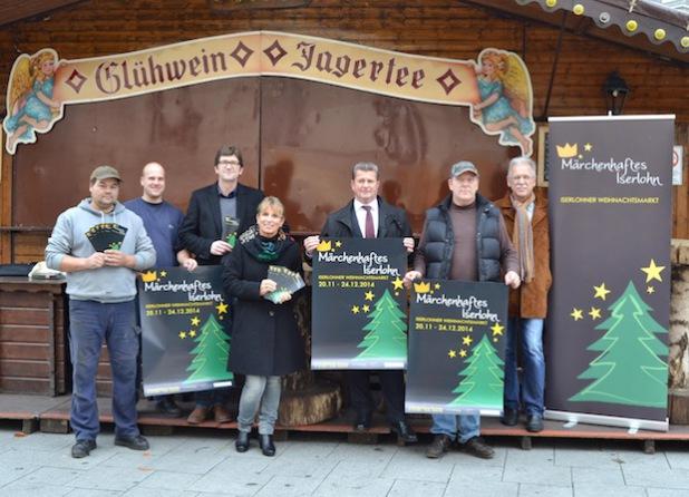 Veranstalter, Schausteller und Unterstützer des Iserlohner Weihnachtsmarktes (ab 20. November) stellten das Programm vor und freuen sich auf viele Besucher aus nah und fern (Foto: Stadt Iserlohn).