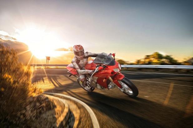 Mehr Fahrspaß bei weniger Verbrauch: Neue, elektronisch gesteuerte Einspritzsysteme für Zweiräder verbessern die Effizienz und senken die Emissionen (Foto: djd/Bosch, Gasoline Systems).