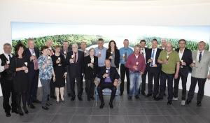 Krombacher Brauerei ehrt 18 Jubilare