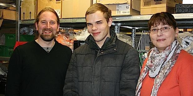 Photo of Schwerbehinderter junger Mann meistert erfolgreich den Start ins Arbeitsleben