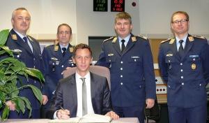 Landrat besucht Luftwaffe in Erndtebrück
