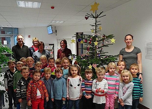 Photo of Weihnachtsschmuck im Warsteiner Jobcenter