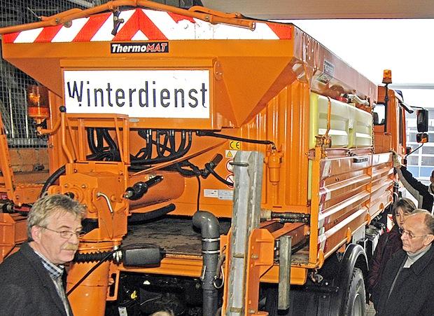 Photo of Kreisbaubetriebshof: Erstmals gegen Glatteis ausgerückt