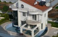 Der Luxus eines eigenen Pools