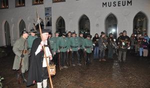 """Mit dem Nachtwächter durch """"die rauhen Nächte"""" der Hansestadt"""
