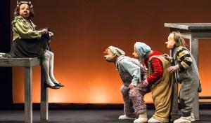 """Maskentheater der Familie Flöz kommt mit """"Infinita"""""""