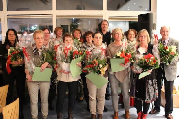 Im Diakonie Klinikum Jung-Stilling wurden Mitarbeiter für ihre 25- oder 40-jährige Dienstzeit geehrt.