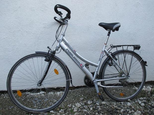 Photo of Polizei sucht Eigentümer von zwei Fahrädern