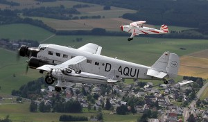 Kreuchen und Fleuchen auf den Flügeln der Nostalgie: Rare Oldies zu Lande und in der Luft