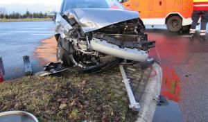 Soest: Schwerer Unfall vor Autobahnauffahrt