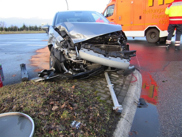 Photo of Soest: Schwerer Unfall vor Autobahnauffahrt
