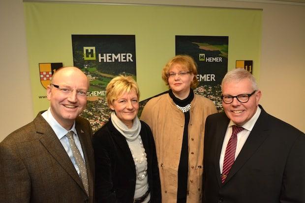 Photo of Hemer: Ausschuss stimmt neuen Amtsleitungen zu