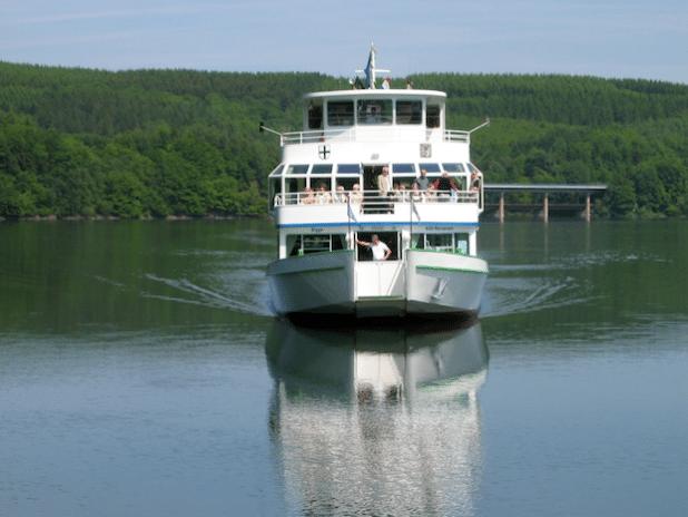 Schifffahrt auf der Bigge (Foto: Johanna Behrendt)