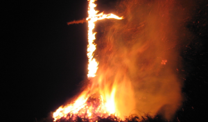 Osterfeuer: Tödliche Gefahr für Wildtiere