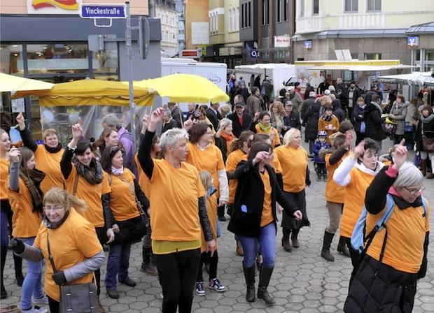 "Photo of ""One Billion Rising"" erstmals in Iserlohn"