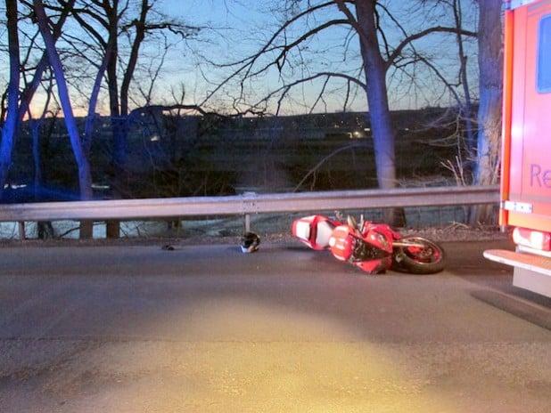 Das Motorrad nach dem Unfall (Foto: Kreispolizeibehörde Soest)