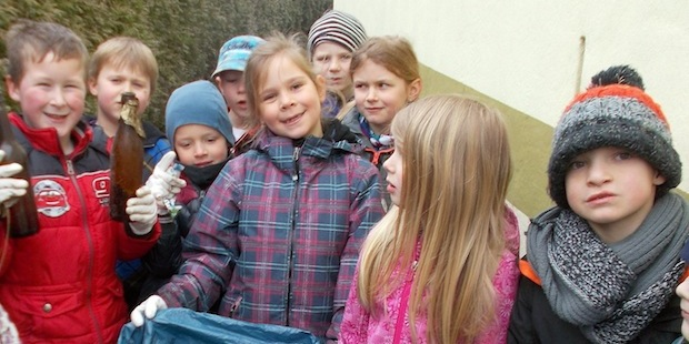 Photo of Frühjahrsputz rund um den Kindergarten Wallen