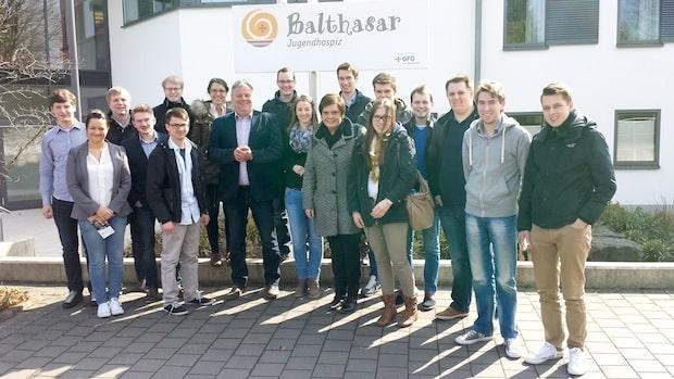 Photo of JU Hochsauerland besucht Kinderhospiz in Olpe