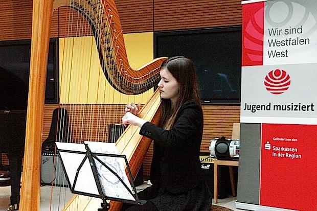 """Photo of """"Jugend musiziert"""": Dankeschön-Konzert in der Sparkasse Hagen"""