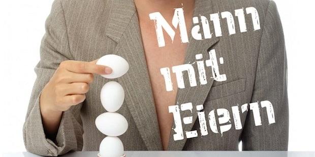"""Photo of """"Mann mit Eiern"""": Ken Bardowicks in Kiersper Gesamtschule"""