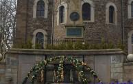 Österlich geschmückter Brunnen verschönert das Hilchenbacher Stadtbild