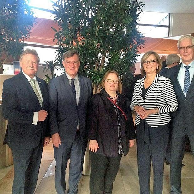 Photo of Maria van Deventer in den Ruhestand verabschiedet