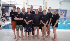 Drolshagener Rettungsschwimmernachwuchs erfolgreich beim 24-Stunden-Schwimmen in Finnentrop