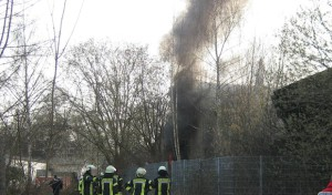 Werl: Brand in altem Industriegebäude
