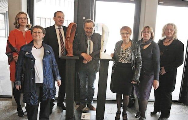 Sie stellen zurzeit ihre Werke im Lüdenscheider Kreishaus aus (Foto: Hendrik Klein/Märkischer Kreis).