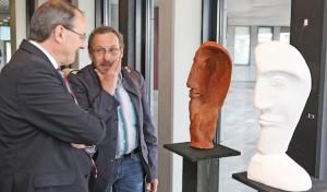Ausstellung im Lüdenscheider Kreishaus eröffnet