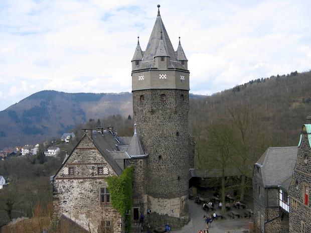 Photo of Gerüstabbau zum Mittelalterfest in Altena