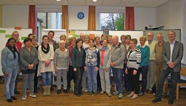25 ehrenamtlich in der Flüchtlingshilfe Tätige trafen sich in der Jugendbildungsstätte des Kreises (Foto: Rettberg/Märkischer Kreis).